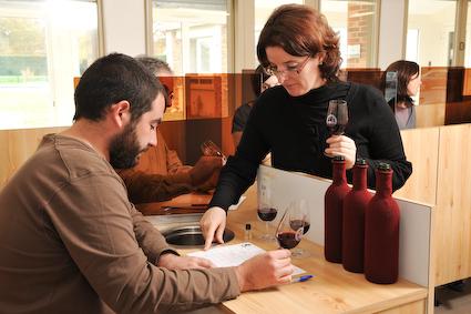 """Résultat de recherche d'images pour """"chambre agriculture gironde service vigne et vin"""""""